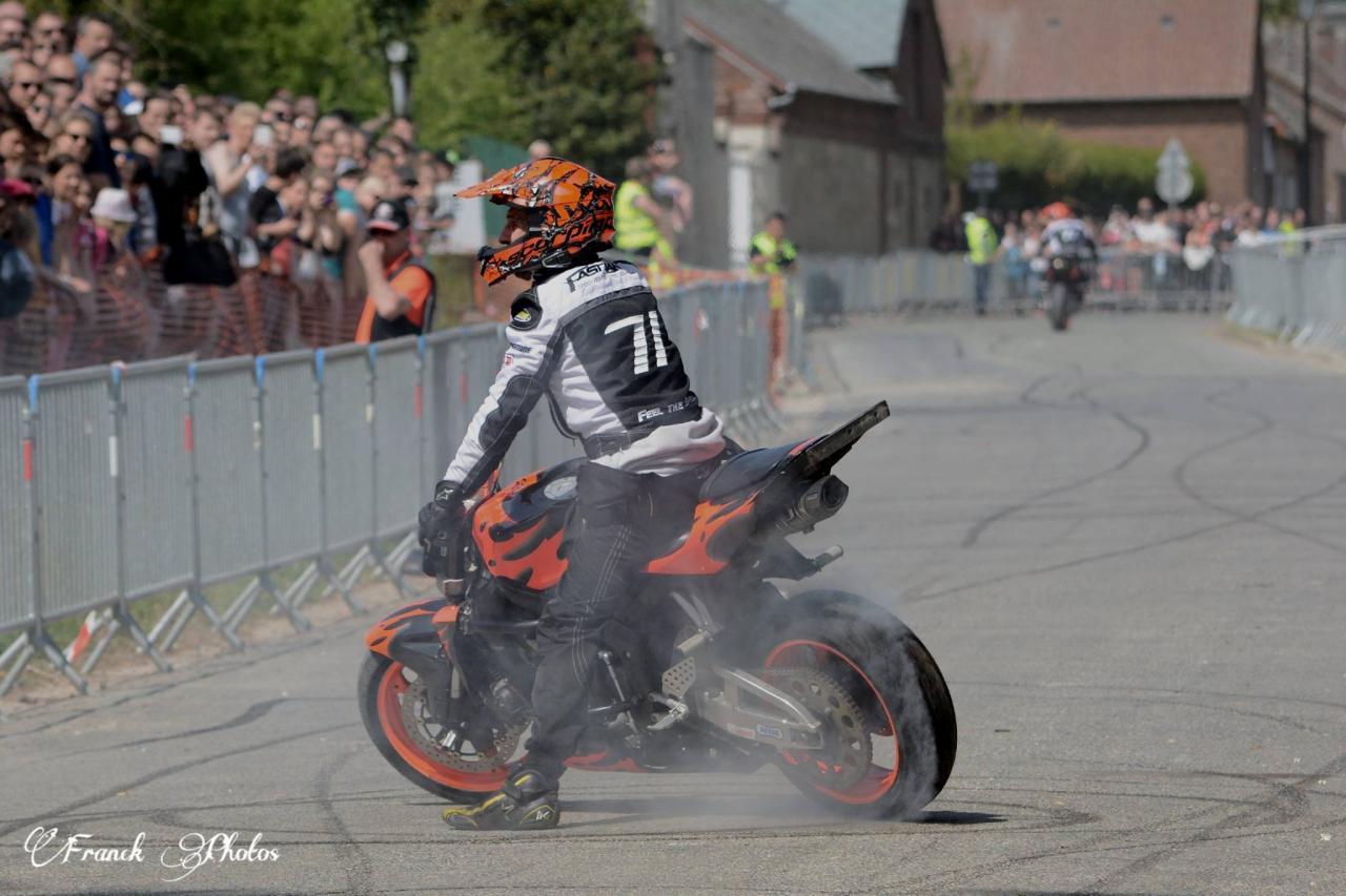 Stunt (14)