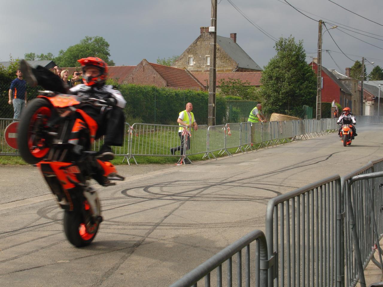 Stunt (42)