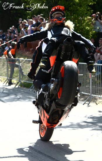 Stunt (44)