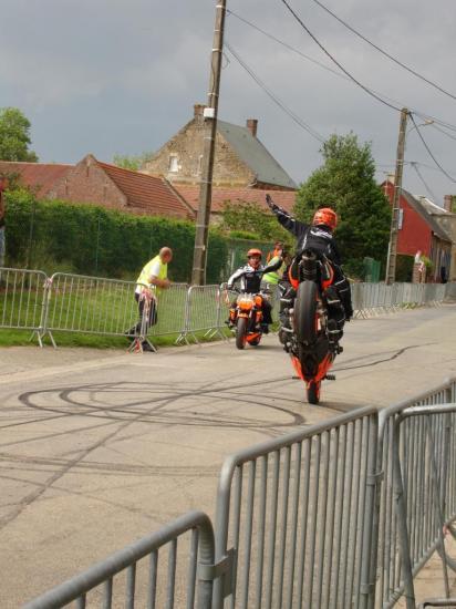 Stunt (45)