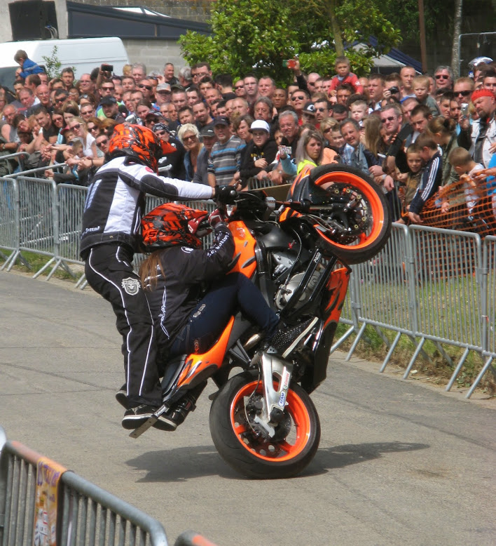Stunt (55)