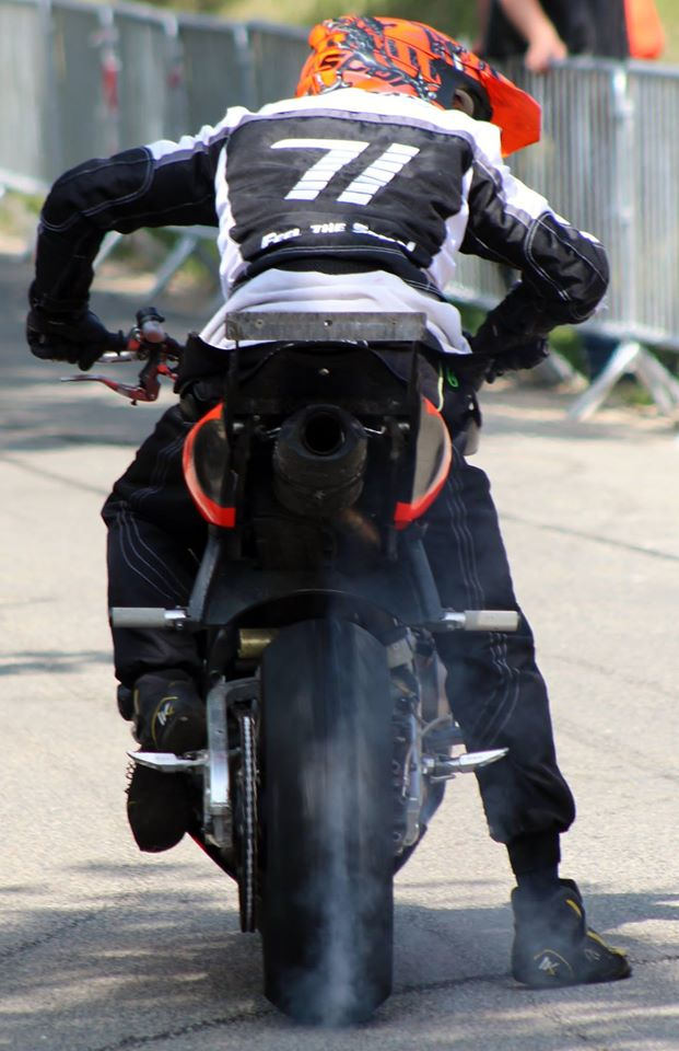 Stunt (85)